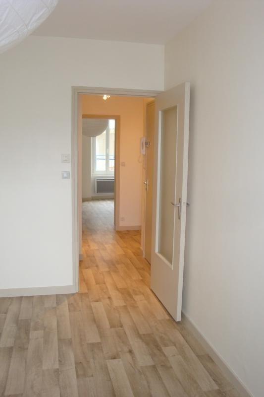 Rental apartment Vannes 460€ CC - Picture 2