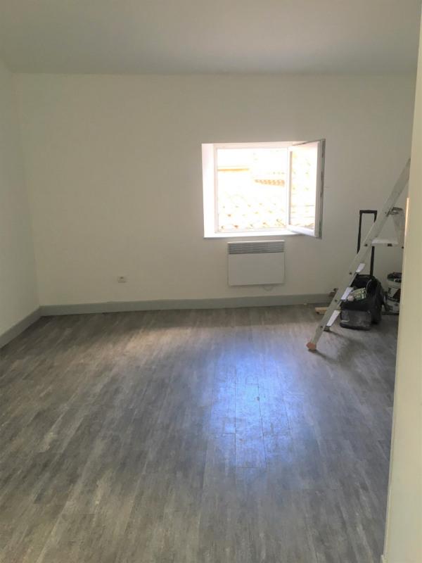 Location appartement Aubagne 450€ CC - Photo 2