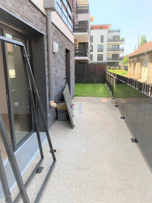 Rental apartment Pontoise 789€ CC - Picture 5