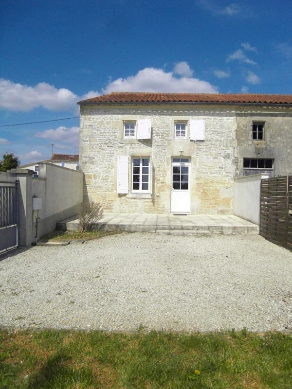 Rental house / villa Sainte  severe 666€ CC - Picture 1