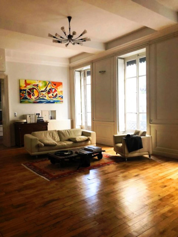 Deluxe sale apartment Lyon 1er 630000€ - Picture 7