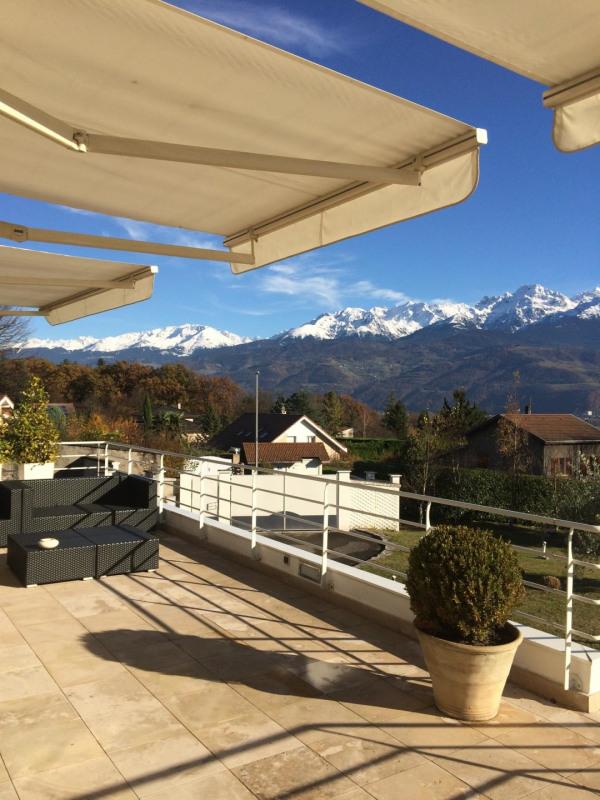 Deluxe sale house / villa Corenc 1398000€ - Picture 1