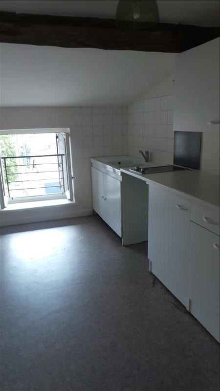 Location appartement Loyettes 450€ CC - Photo 3