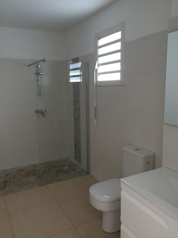 Location appartement La saline les bains 1063€ CC - Photo 6
