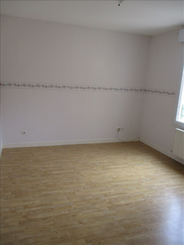 Sale apartment Riorges 117 700€ - Picture 6