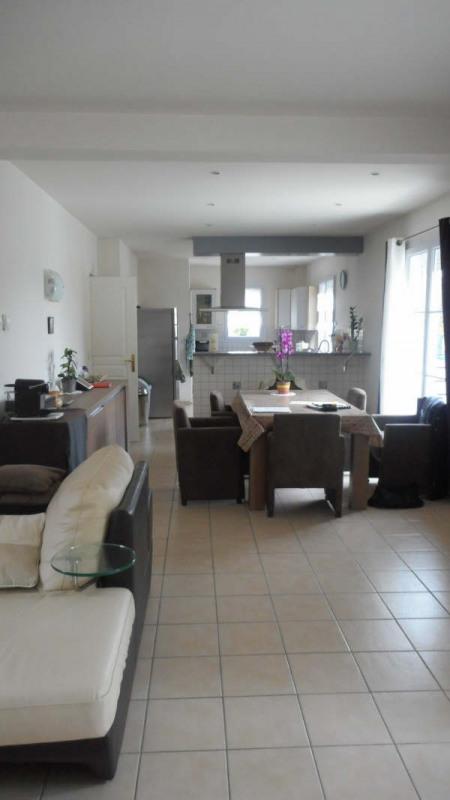 Sale house / villa Chambly 469000€ - Picture 3