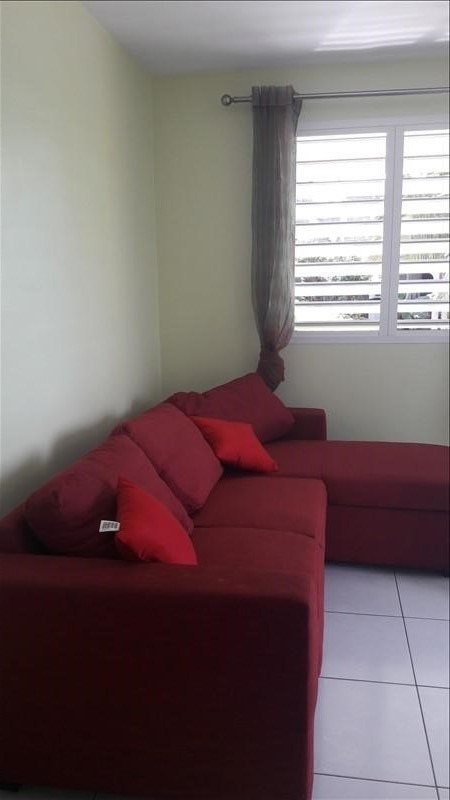 Location appartement Ste anne 700€ CC - Photo 4