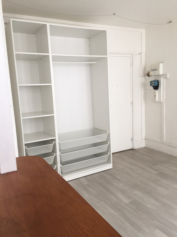 Location appartement Paris 9ème 800€ CC - Photo 2
