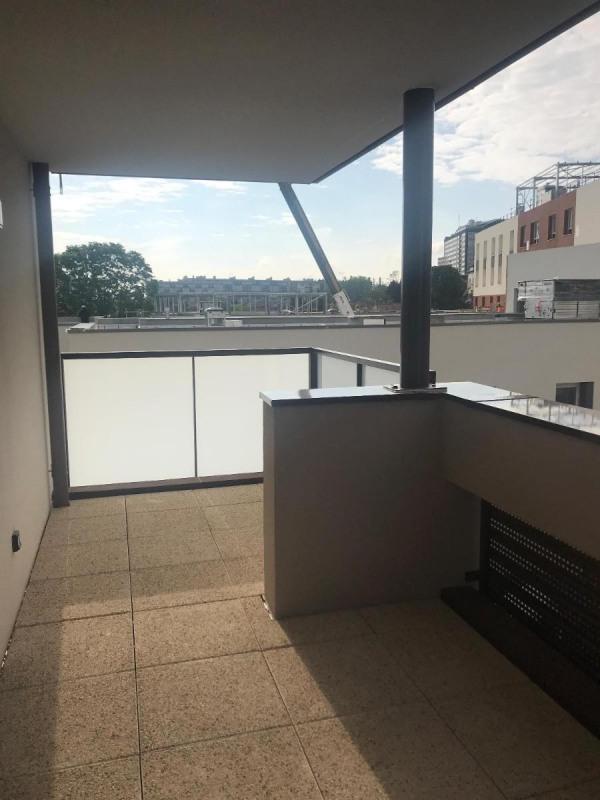 Rental apartment Bron 742€ CC - Picture 3