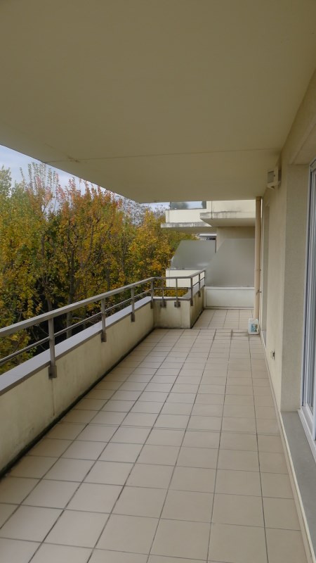 Rental apartment Sainte foy les lyon 1563€ CC - Picture 1