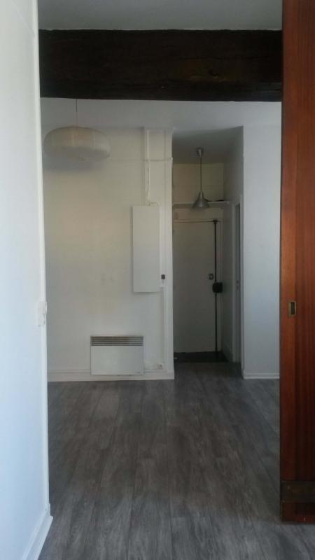 Sale apartment Paris 5ème 465750€ - Picture 1