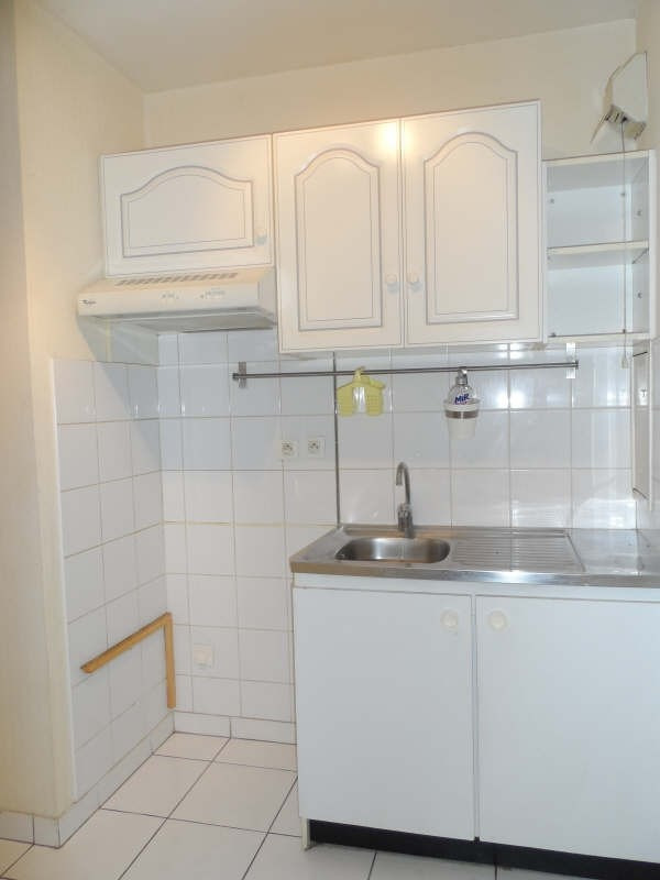 Rental apartment Chatenay malabry 750€ CC - Picture 3