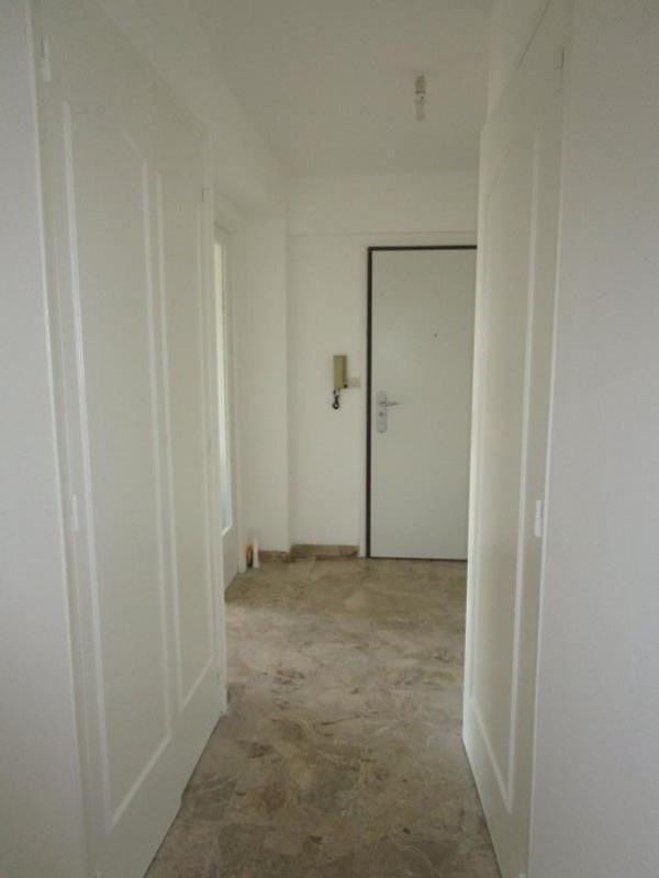 Rental apartment Nimes 680€ CC - Picture 3