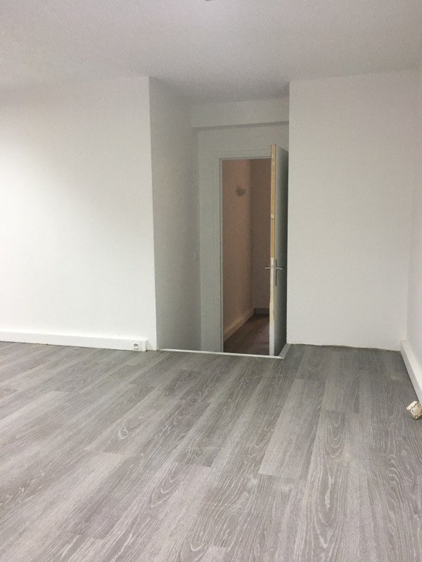 Rental office Rosny-sous-bois 670€ HC - Picture 3