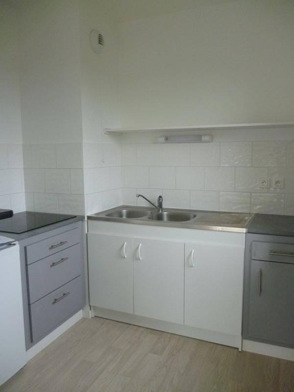Location appartement Douarnenez 495€ CC - Photo 3