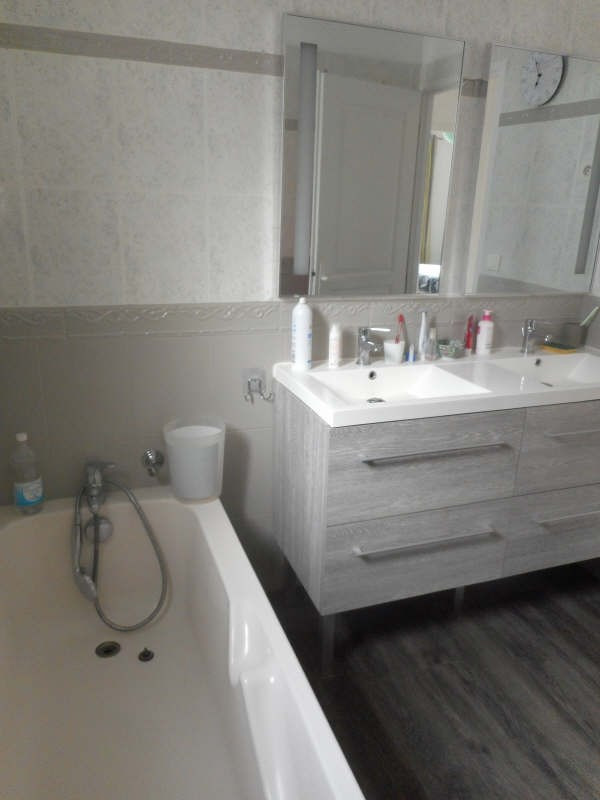 Sale house / villa Vaux sur mer 388500€ - Picture 8