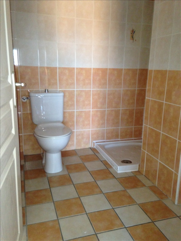 Location appartement Alenya 395€ CC - Photo 3
