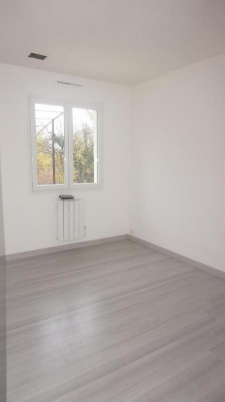 Sale house / villa Breval 250000€ - Picture 9