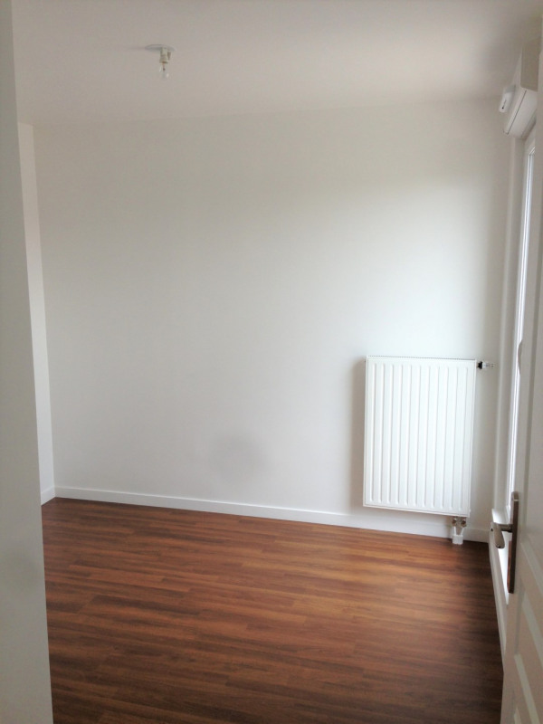 Location appartement Franconville 968€ CC - Photo 10