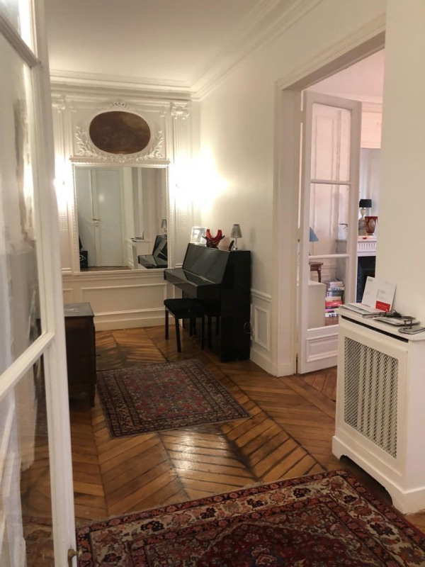 Rental apartment Paris 17ème 3 350€ CC - Picture 2
