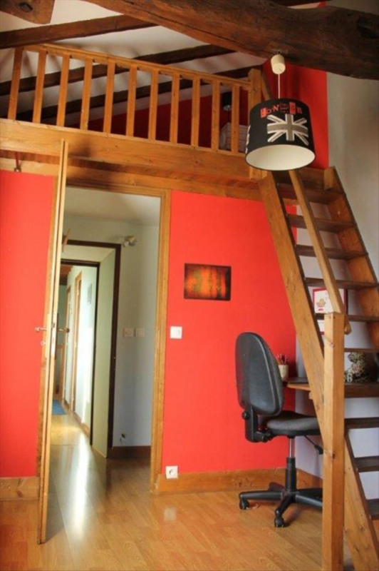 Sale house / villa Bully 175000€ - Picture 8