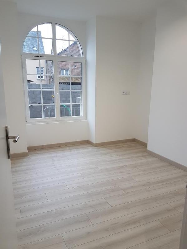 Location maison / villa Laval 680€ CC - Photo 3