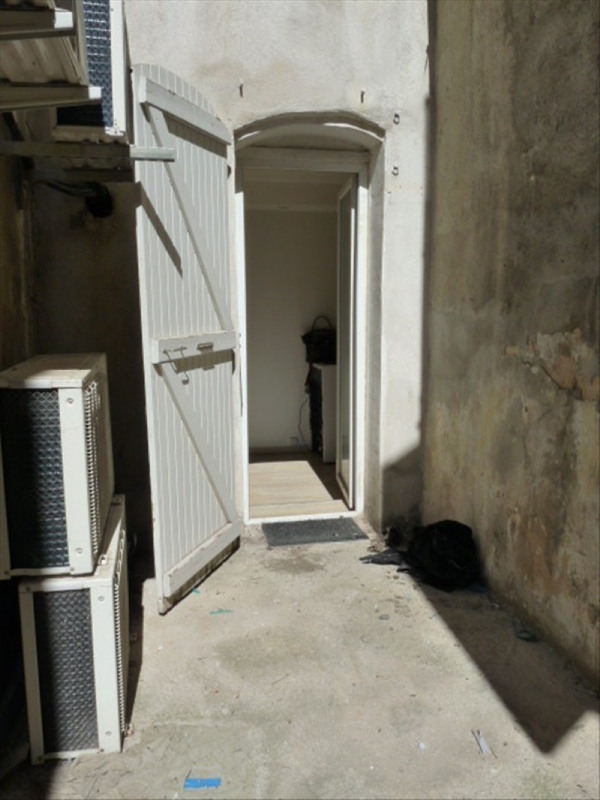 Location appartement Marseille 1er 623€ CC - Photo 8