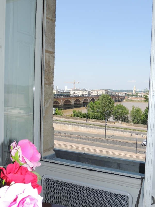 Vente de prestige appartement Bordeaux 402 800€ - Photo 2