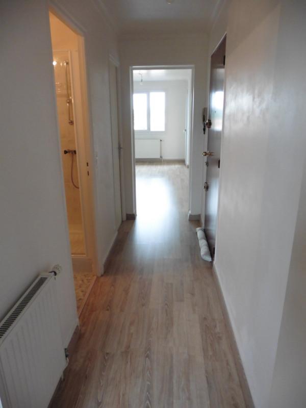 Location appartement Vaires-sur-marne 760€ CC - Photo 5