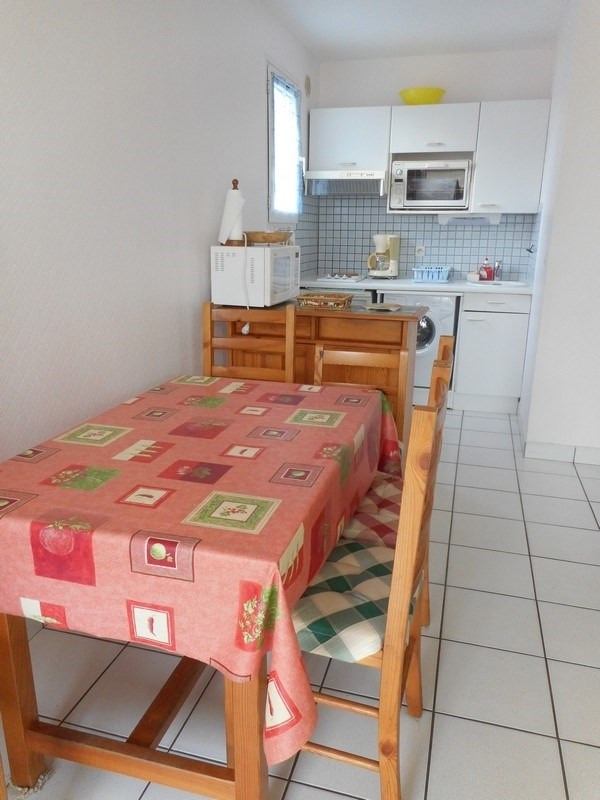 Vacation rental apartment Saint-palais-sur-mer 238€ - Picture 3