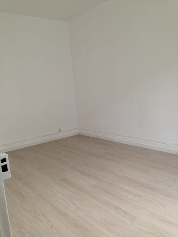 Location appartement Le raincy 725€ CC - Photo 4
