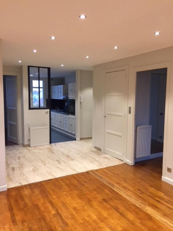 Sale apartment Lyon 8ème 220000€ - Picture 3