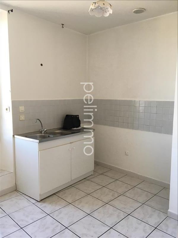Rental apartment Lancon provence 681€ CC - Picture 3