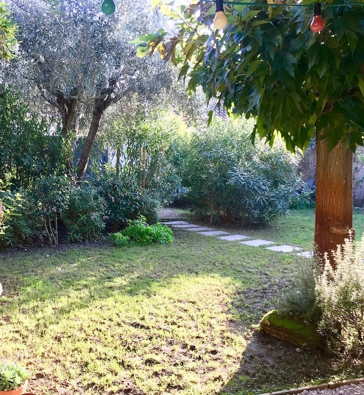 Revenda casa Arles 385000€ - Fotografia 13