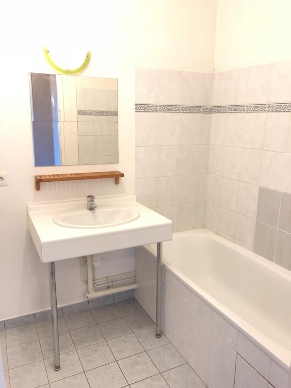 Rental apartment Éragny 875€ CC - Picture 10