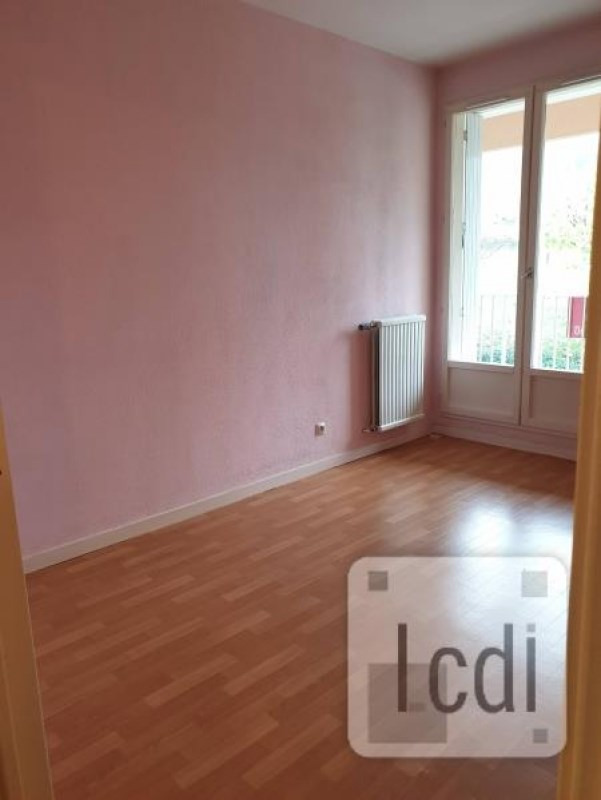Vente appartement Privas 65 000€ - Photo 2