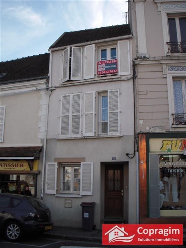 Location appartement Montereau fault yonne 415€ CC - Photo 5