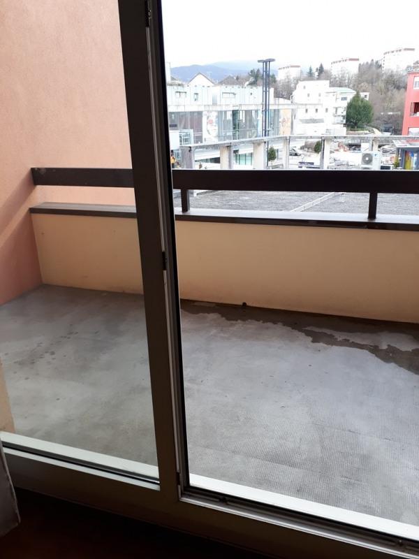 Rental apartment Cran gevrier 865€ CC - Picture 2