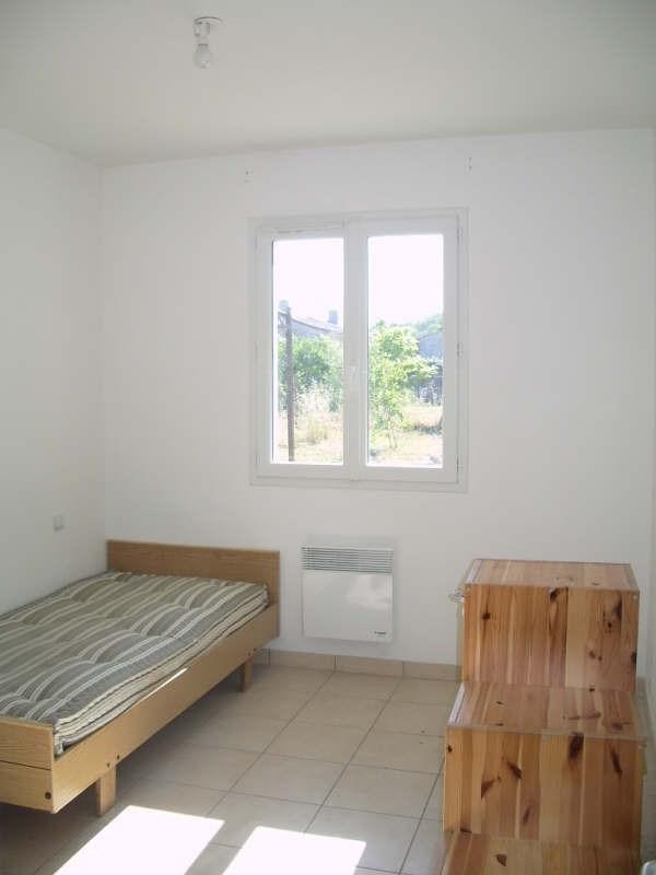 Location maison / villa St andre de cubzac 818€ CC - Photo 6
