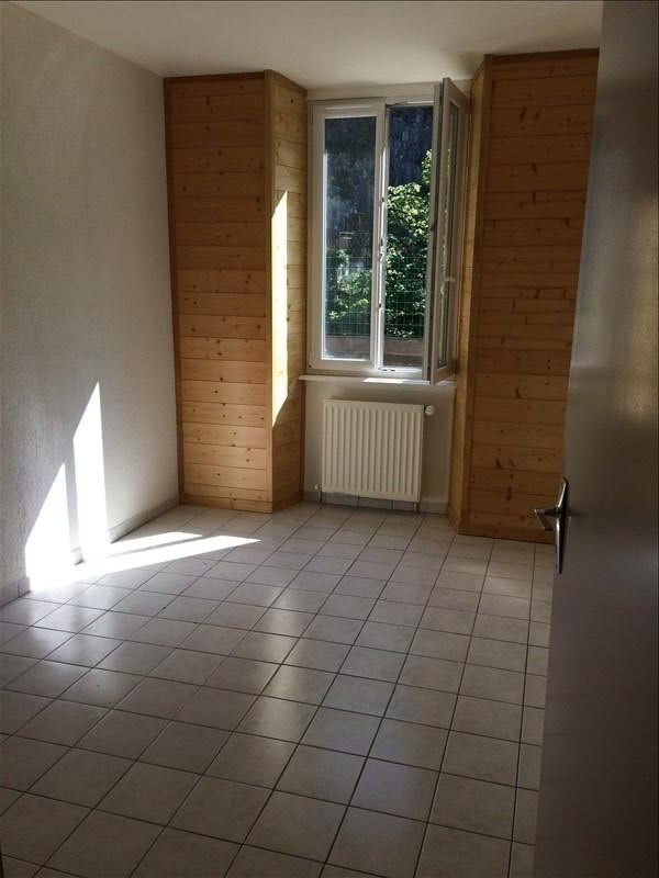 Rental apartment St pierre en faucigny 795€ CC - Picture 4