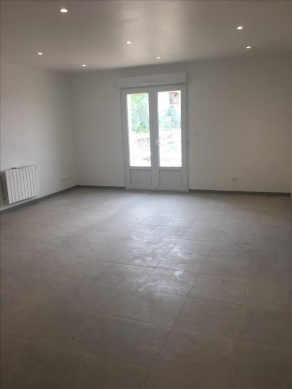 Rental apartment St romain en gal 742€ CC - Picture 1