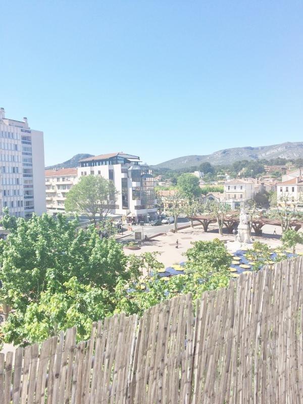 Location appartement Aubagne 690€ CC - Photo 1