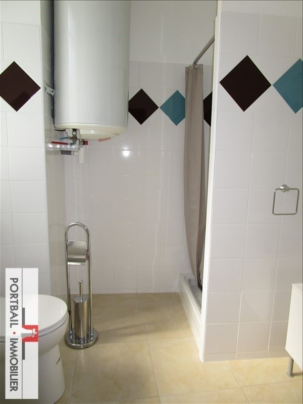 Location appartement Blaye 335€ CC - Photo 2