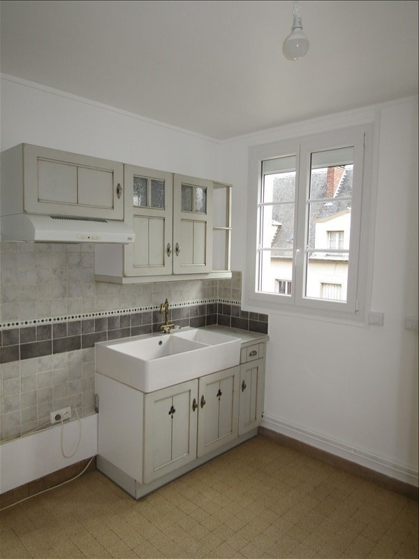 Location appartement Pontoise 870€ CC - Photo 5