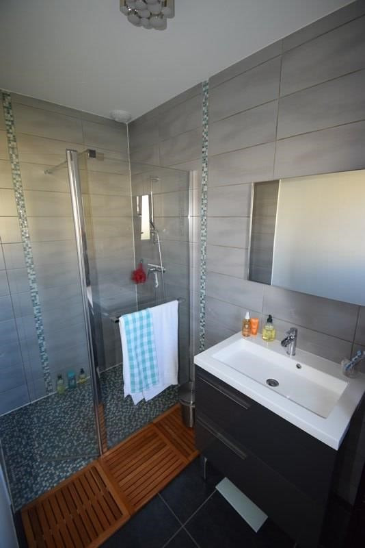 Vente maison / villa St gilles 228500€ - Photo 5