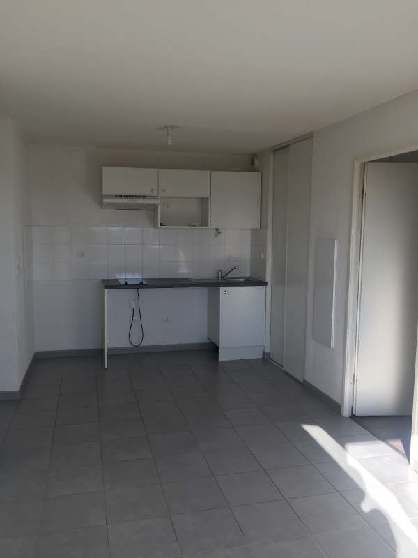 Location appartement Toulouse 576€ CC - Photo 3