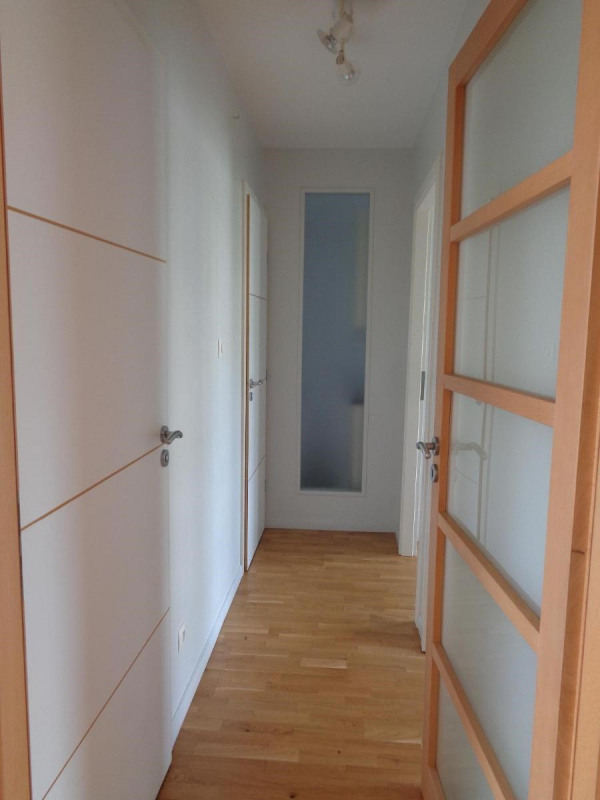 Location appartement Oullins 945€ CC - Photo 9