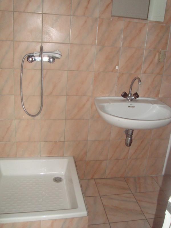 Location appartement Annemasse 502€ CC - Photo 3