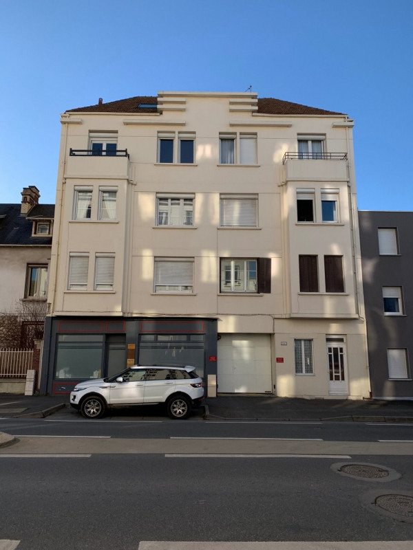 Sale apartment Caen 100 000€ - Picture 2