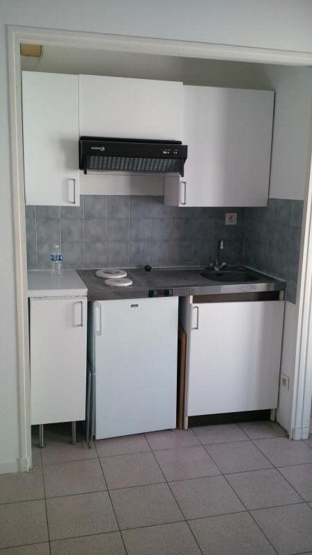 Sale apartment Salon de provence 86000€ - Picture 3